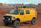 Ford Econoline E-350 4x4 Sportsmobile: Каравана с V10