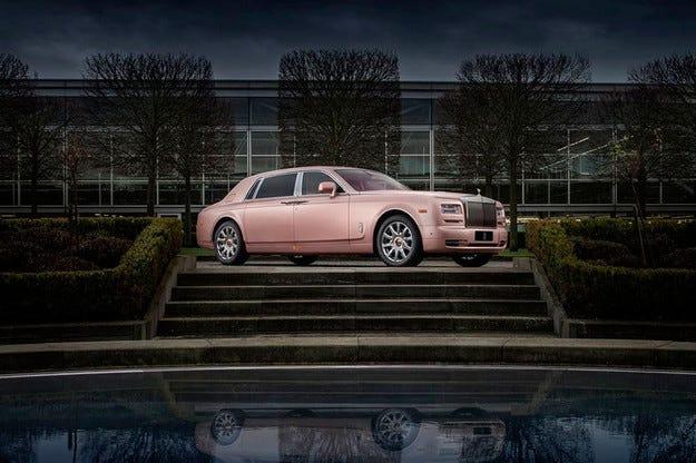 Rolls-Royce представи специална версия на Phantom