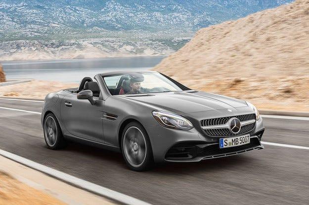 Mercedes преименува роудстъра SLK след обновяването му