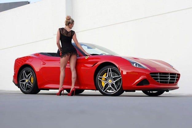 Кабриолетът Ferrari California T се оказа пожароопасен