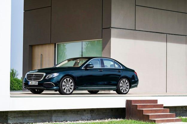 Разкриха новия Mercedes E-класа седмица преди дебюта