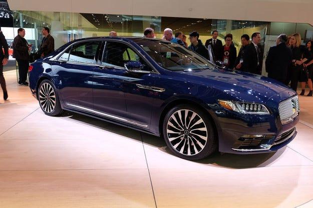 Премиера на Lincoln Continental на изложението в Детройт
