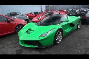 Ferrari LaFerrari се движи само на ток