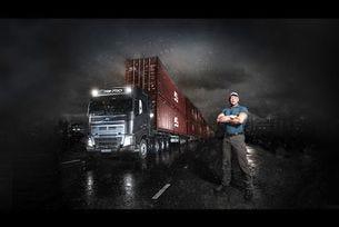 Volvo Trucks срещу 750 тона - Екстремно тежко предизвикателство
