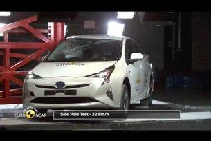 Euro NCAP провежда краш тест на Toyota Prius