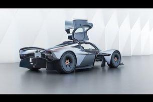 Aston Martin Valkyrie - двигател V12 Cosworth