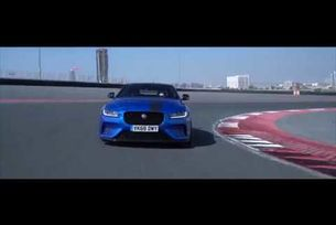 Рекорд на Jaguar XE Project 8 в Дубай