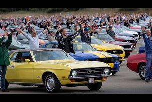Рекордна среща на собственици на автомобили Mustang