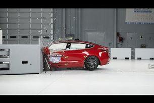 Краш тест 2019 Tesla Model 3
