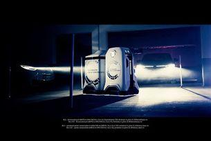 Volkswagens Mobile Charging Robot